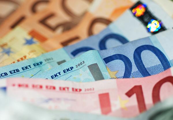 finantare, fonduri nerambursabile, imprumut