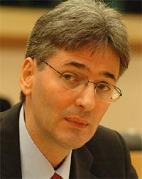 minister fonduri UE, Leonard Orban