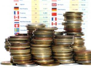 Guvernul isi asuma dublarea cheltuielilor de investitii pana in 2015