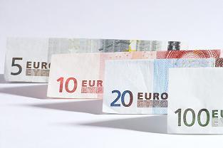 BCE: Bancile au inasprit accesul la creditele ipotecare
