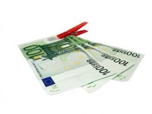 Bancpost a majorat avansul pentru creditele ipotecare