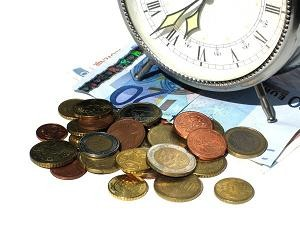 Tot mai multe IMM se orienteaza catre investitii si prefera creditele in lei
