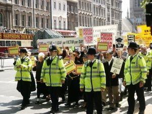 Functionarii institutiilor europene fac greva