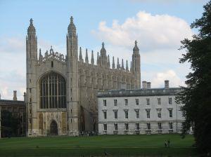 Cambridge intra in afaceri bancare