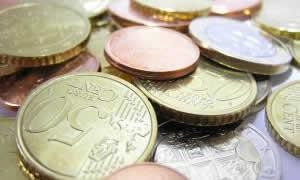 Bancherii nu gasesc clienti carora sa le dea imprumuturi: creditarea a scazut cu 7% in ultimul an