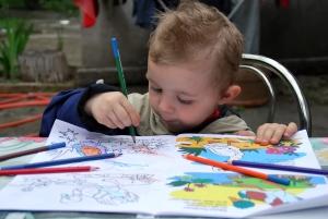 Fondul Special pentru copii – Granturi pentru 14 ONG-uri care se ocupa de copii si tineri aflati in situatii de risc
