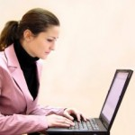 femeie_afaceri_laptop