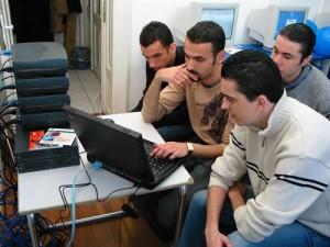 POSDRU: Stagii de practica pentru studenti