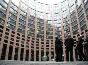 Parlamentul European a aprobat raportul ce vizeaza acordarea unui pachet de asistenta financiara in valoare de 100 milioane de euro pentru Republica Moldova