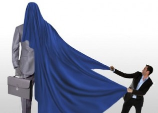 Analiza: marile companii si-au consolidat prezenta pe piata in anul de criza 2012