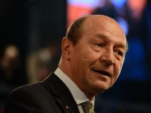 Ordonanta privind plata beneficiarilor, intoarsa din drum de presedintele Basescu