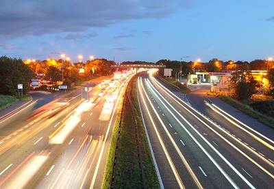 autostrada_noaptea.jpg