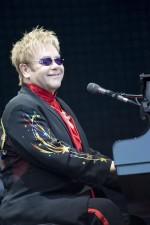 Concert Elton John anchetat de Comisia Europeana