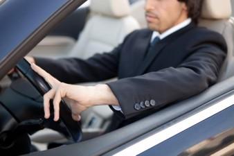 (P) Ai masina in parcare? Cat de folositoare este? Cam cat un soft CRM