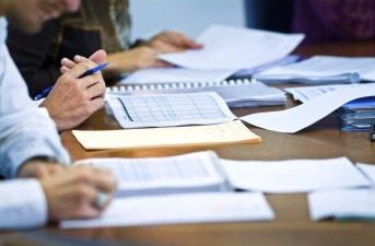 POR: A fost aprobata versiunea finala a Ghidului Solicitantului-Conditii specifice de accesare a fondurilor in cadrul Obiectiv Specific 10.1 – Investitiile in educatie, si formare, inclusiv in formare profesionala, pentru dobandirea de competente