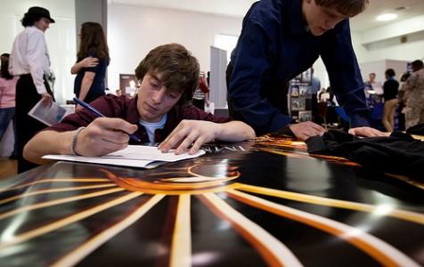 jobs-tineri.jpg