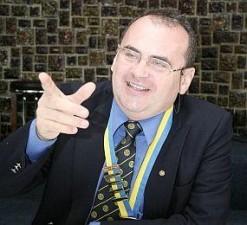 Tiberiu Brailean, profesor universitar si blogger Finantare.ro a fost internat in stare critica