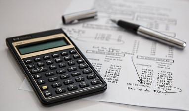 Plafonul pentru microintreprinderi va creste la 500.000 de euro, iar cel pentru CASS va fi eliminat