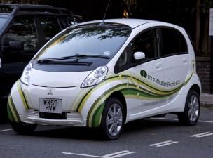 Ecotichetul pentru cumpararea de masini electrice va fi de 4.500 de euro