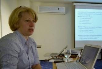 Guvernul Ciolos: Aura Raducu e propunerea pentru Ministerul Fondurilor Europene