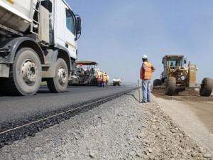 UE finanteaza cu 800 milioane de euro zece proiecte de infrastructura incepute in perioada 2007-2013