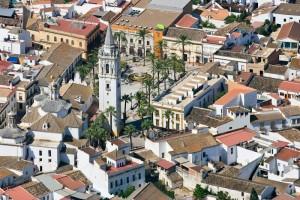 Luftbild von der Stadt La Palma del Condado, Provinz Huelva, Andalusien im Süden von Spanien