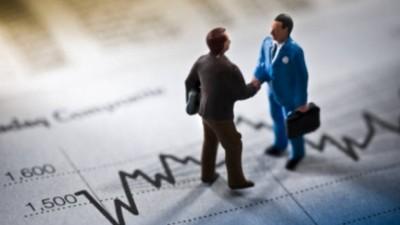 """CNIPMMR: """"Mediul de afaceri trebuie ajutat de stat, prin masuri ce vizeaza debirocratizarea, stimularea fortei de munca si a finantarii pentru IMM-uri"""""""