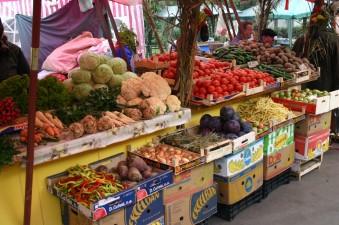 MADR: Producatorii autohtoni au livrat primele rosii in pietele agroalimentare din Bucuresti