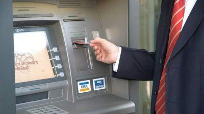 Guvernul a aprobat un proiect de lege care prevede realizarea unor comparatii intre banci, pentru o informare mai buna a clientilor