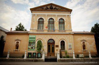 Cladirea muzeului de Stiintele Naturii din Tirgu Mures beneficiaza de peste 2 milioane euro pentru reabilitare