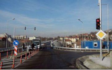 CNAIR: Documentatia privind proiectarea si executia primului tronson al Drumului Expres Craiova – Pitesti, transmisa la ANAP