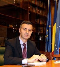 Fonduri europene de peste jumatate de miliard de euro, pentru proiecte de integrare profesionala a somerilor si a tinerilor NEETs