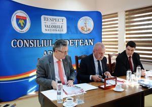 A fost semnat contractul de finantare pentru restaurarea Muzeului Judetean Arges
