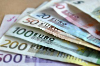 Adevarul despre banii europeni: De ce ni-i dau? De ce nu-i luam? Cum vin comenzile politice, dezastrul din MFE si care sunt solutiile