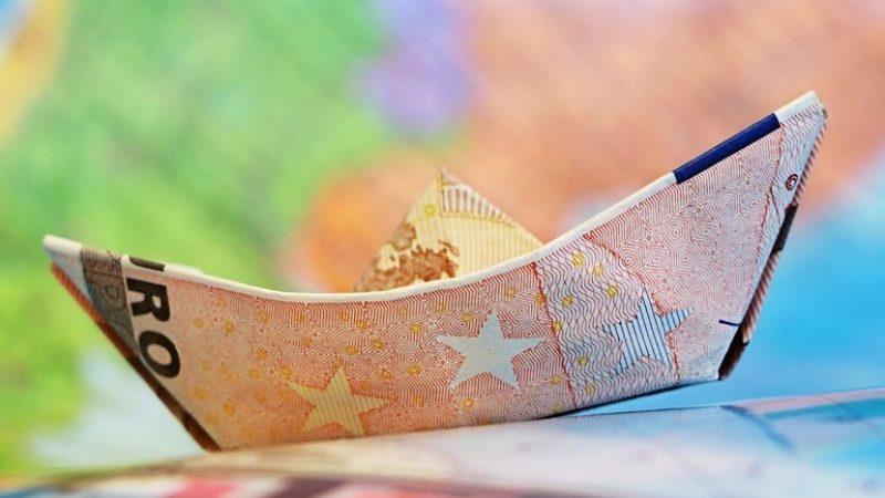 Guvernul pregateste un fond de investitii listat la bursa care sa absoarba bani din piata si sa-i plaseze in IMM-uri