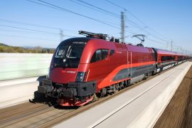 image-2018-06-2-22485552-41-tren-austriac-mare-viteza-railjet.jpg