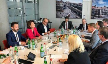 Urgentarea aprobarii proiectelor din sectoarele de apa si transporturi, agreata de ministrul Rovana Plumb si conducerea BEI