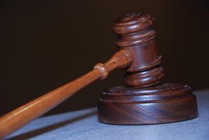 Relians Corp taraie prin tribunale Parohia Banu, pentru neplata unui proiect european