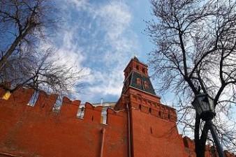 Vladimir Putin a promulgat legea care clasifica ONG-urile ce primesc finantare externa drept agenti ai strainatatii