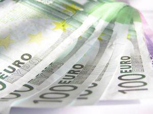 Guvernul mai imprumuta 550 de milioane de lei pentru plata beneficiarilor Regio, POS Mediu si PODCA