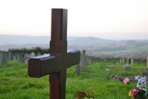 Concurs de proiecte in cadrul Programului anual de sprijinire a cultelor religioase recunoscute de lege pentru renovare sau construire casa mortuara