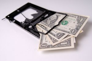 Liber la denuntarea clauzelor abuzive impuse de banci