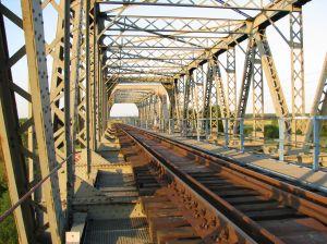 Un pod feroviar din Olt va fi refacut cu fonduri europene