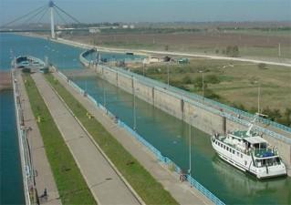 POS Transport: Proiectul de modernizare a ecluzelor de la Cernavoda si Agigea, transmis spre evaluare Comisiei Europene