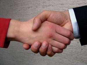 O fundatie cauta aplicant pentru un parteneriat pe POSDRU, DMI 6.1