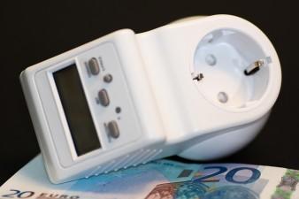 Industria va fi scutita de plata a 40 de milioane de euro dupa taierea subventiilor pentru energia verde