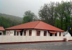 scoala-bascov
