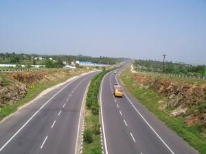Contract de finantare de peste 140 milioane de lei, semnat de CJ Mures cu ADR Centru, pentru reabiltarea infrastructurii rutiere