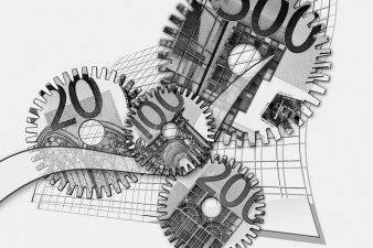 Antreprenorii pot beneficia de fonduri guvernamentale sau europene la inceput de 2015