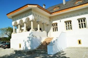 Un vechi conac boieresc a fost restaurat cu ajutorul fondurilor Regio